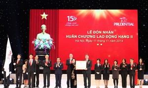Prudential Việt Nam đón nhận Huân chương Lao động hạng Nhì nhân dịp kỷ niệm 15 năm thành lập