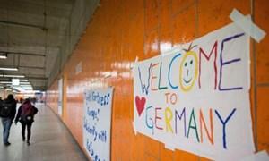 Người nhập cư: Lợi ích trong dài hạn