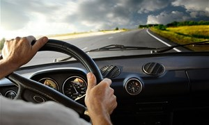 Những bí quyết giúp lái xe tiết kiệm nhiên liệu