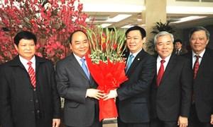 Ủy viên Bộ Chính trị, Phó Thủ tướng Chính phủ Nguyễn Xuân Phúc thăm và làm việc với Ban Kinh tế Trung ương