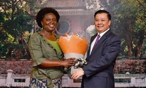 Bộ trưởng Đinh Tiến Dũng làm việc với Ngân hàng Thế giới