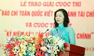 Thứ trưởng Vũ Thị Mai: Báo chí là kênh thông tin hữu hiệu góp phần hoàn thiện chính sách