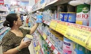 Bộ Công thương quản lý giá sữa cho trẻ em dưới 6 tuổi từ 1/1/2017