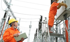 Giá bán buôn điện tối đa là 1.515 đồng/kWh