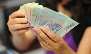 Từ 01/7/2018: Tăng 180.000 đồng trợ cấp thai sản