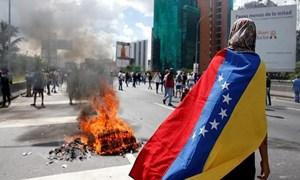 Hết lạm phát tiền thật, người dân Venezuela lại phải đối mặt với lạm phát tiền ảo