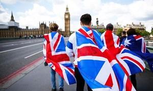 Lo ngại Brexit, người dân Anh đổ xô xin nhập quốc tịch Pháp
