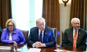 Liên Hợp quốc cảnh báo tình trạng rút vốn ồ ạt do kế hoạch cải cách thuế của Mỹ