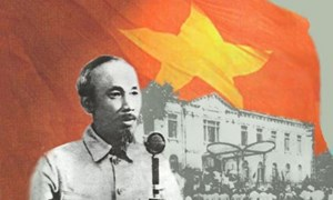 Hồ Chí Minh và sự lựa chọn con đường phát triển của dân tộc Việt Nam