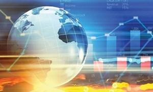 IMF: Tăng trưởng toàn cầu mong manh hơn