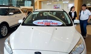 Thị trường ô tô và nỗi lo tháng ngâu