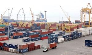 """Tháo gỡ """"nút thắt"""" phát triển logistics Việt"""