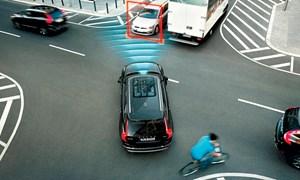 Mạng 5G điều khiển xe hơi tự lái