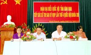 Bộ trưởng Vương Đình Huệ tiếp xúc cử tri huyện Vĩnh Thạnh