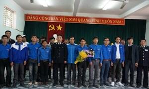 Hải quan Hà Tĩnh ra quân vận động quần chúng phòng chống buôn lậu