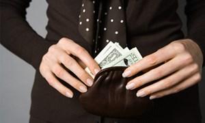 Kiểm soát viên Techcombank làm giả số tiết kiệm