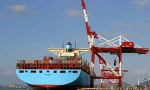 Xuất, nhập khẩu 6 tháng đầu năm 2013: Điểm sáng trong gian khó