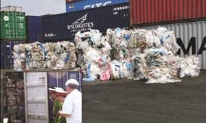 """Tạm giữ hơn 100 tấn """"rác"""" nhập khẩu"""