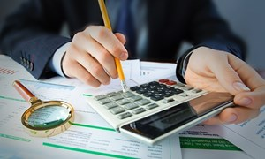 Chất lượng báo cáo tài chính của doanh nghiệp niêm yết trên thị trường chứng khoán