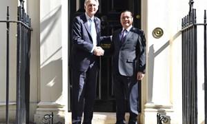 Bộ trưởng Bộ Tài chính Việt Nam hội đàm với Bộ trưởng Bộ Ngân khố Anh