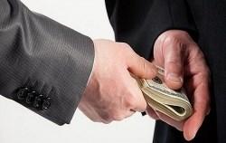 Tội tham nhũng, trốn thuế thuộc nhóm nguy cơ cao liên quan đến rửa tiền