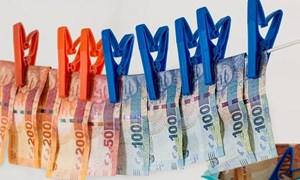 Một số vấn đề đáng lưu ý về báo cáo hành vi rửa tiền nhằm tài trợ khủng bố
