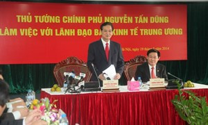 Thủ tướng Chính phủ làm việc với Ban Kinh tế Trung ương