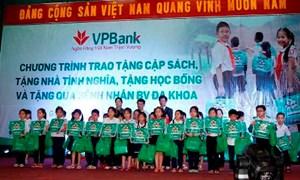 VPBank trao học bổng và nhà tình nghĩa tại Gia Lai