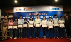 LienVietPostBank trao 143 suất học bổng, ươm mầm tài năng