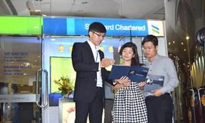 """Standard Chartered Việt Nam đạt danh hiệu """"Tập thể lao động xuất sắc"""""""