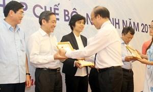 """6 cá nhân thuộc Bộ Tài chính nhận Kỷ niệm chương """"Vì sự nghiệp Tư pháp"""""""