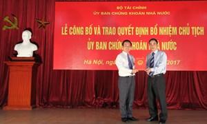Trao quyết định bổ nhiệm Chủ tịch Ủy ban Chứng khoán Nhà nước