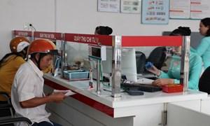 Kienlongbank hỗ trợ khách hàng sau cơn bão Damrey