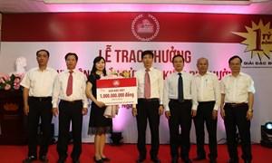 Trao giải đặc biệt thứ hai Chương trình Tiết kiệm dự thưởng Kỷ niệm 30 năm thành lập Agribank