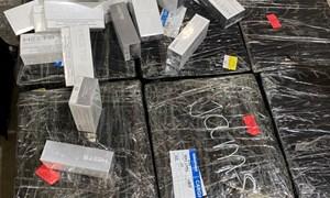 Bắt giữ 5.000 bao thuốc lá nhập lậu vận chuyển qua đường hàng không