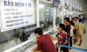 Tặng thẻ BHYT cho khoảng 2.400 đối tượng có hoàn cảnh khó khăn