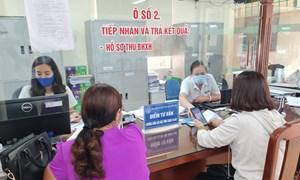 Ngành BHXH Việt Nam hỗ trợ kịp thời người lao động, doanh nghiệp gặp khó khăn do dịch Covid-19