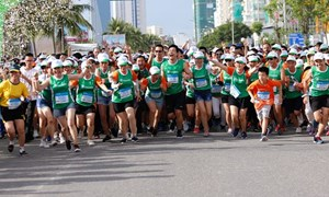 Manulife tài trợ dài hạn cho giải chạy marathon quốc tế Đà Nẵng