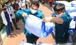 Xuất cấp 130.175,67 tấn gạo DTQG hỗ trợ người dân gặp khó khăn do dịch COVID-19