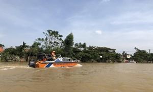 Kịp thời xuất cấp gạo, vật tư, trang thiết bị dự trữ quốc gia cứu trợ nhân dân vùng lũ
