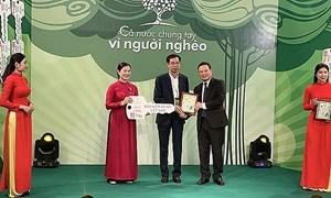 Ngành Bảo hiểm xã hội Việt Nam đa dạng các hoạt động quyên góp, ủng hộ người nghèo