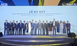 Sun Life Việt Nam bắt tay với ACB để phân phối sản phẩm bảo hiểm nhân thọ