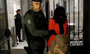 Tây Ban Nha bắt giữ 11 người dính líu đến rửa tiền