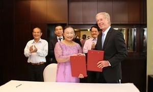 Lễ ký kết hợp tác giữa VTCA với Trung tâm Thuế và Đầu tư quốc tế