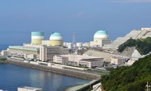 Nhật Bản tái khởi động lò phản ứng hạt nhân thứ 5