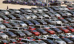 Vì sao nhập khẩu ô tô trong tháng 8 giảm mạnh?