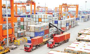 9 tháng, cán cân thương mại hàng hóa cả nước thặng dư 328 triệu USD