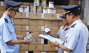 Phát hiện, ngăn chặn kịp thời các hành vi buôn lậu, gian lận thương mại dịp Tết
