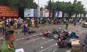 [Video] 10 giây định mệnh trong tai nạn thảm khốc tại Long An