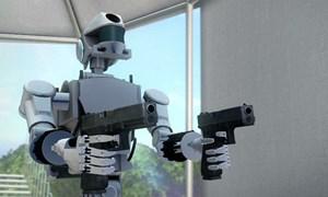 [Video] Robot quân sự có khả năng bắn súng bằng cả 2 tay